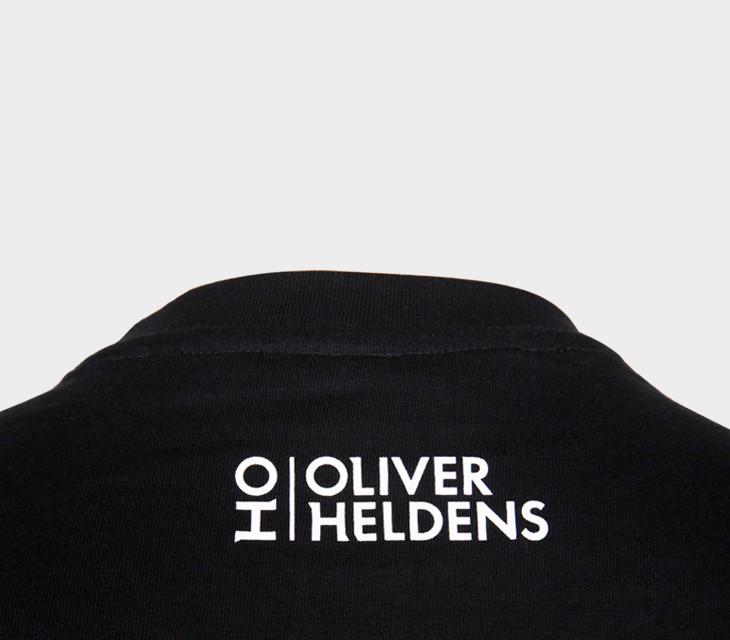 Oliver-Heldens-Tshirt-Vignet-Logo-BLACK-back-closeup